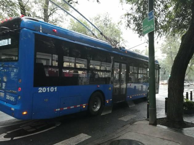 まだまだ現役トロリーバス【メキシコ】